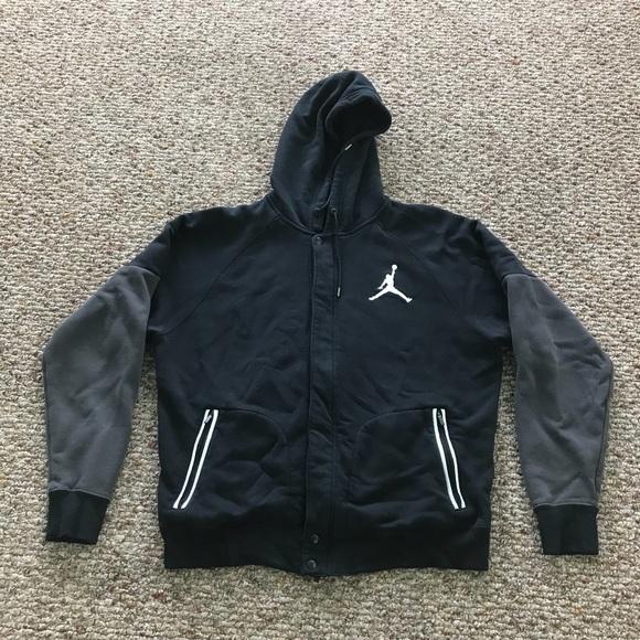 5aebde3d6190a7 Nike Air Jordan Hoodie Sweatshirt Jacket. M 5b6b0fd00945e088f703b7f0